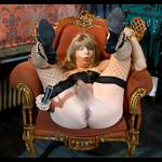 Fotosession with speculum - While the camera clicked I posed and  fumbled m...